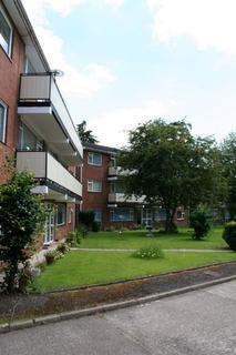 2 bedroom flat to rent - RADYR - Excellent sized ,Unfurnished 1st Floor Flat within this populat tree lined development.