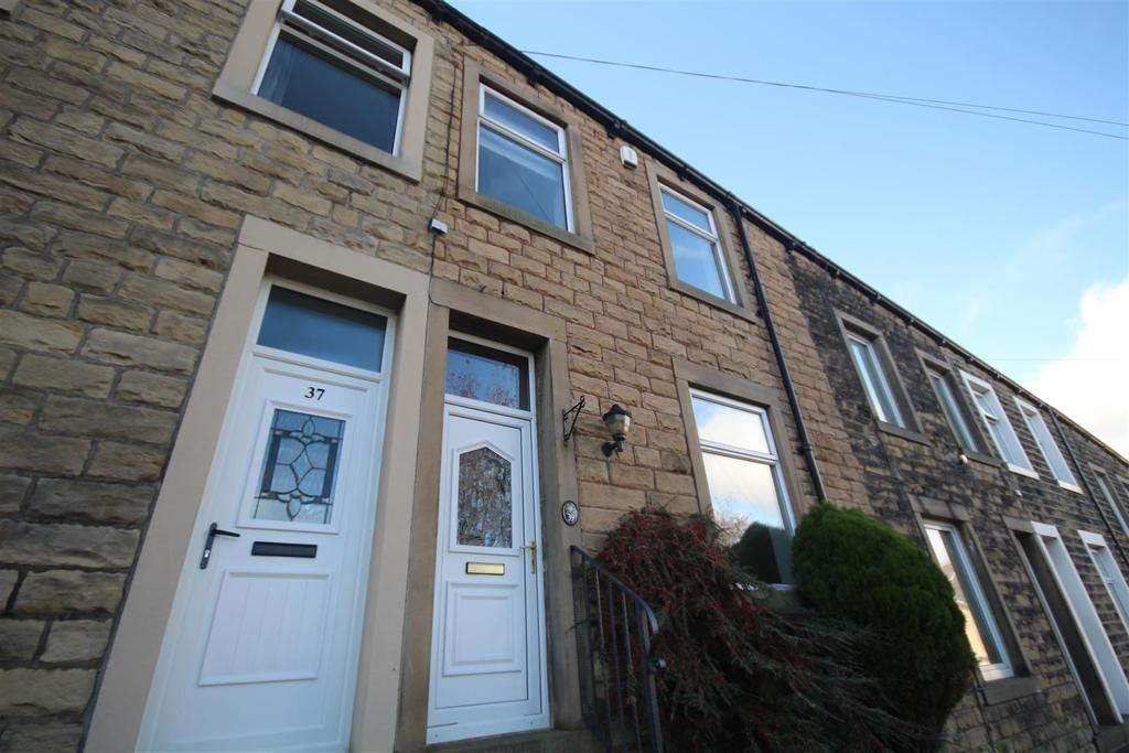 3 Bedrooms Terraced House for sale in 39 Leonard Street, Barnoldswick