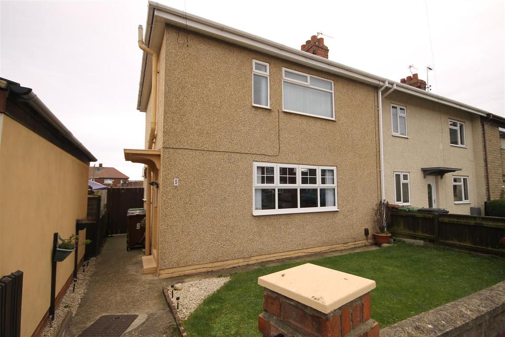 3 Bedrooms End Of Terrace House for sale in Challoner Road, Hartlepool