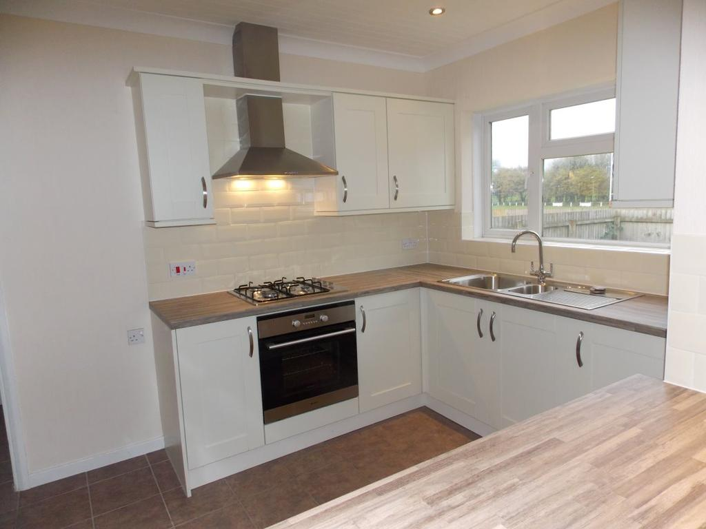 4 Bedrooms Detached House for rent in Towy Road, Cardiff
