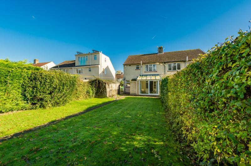 3 Bedrooms Semi Detached House for sale in Arlington Drive, Old Marston, Oxford, Oxfordshire