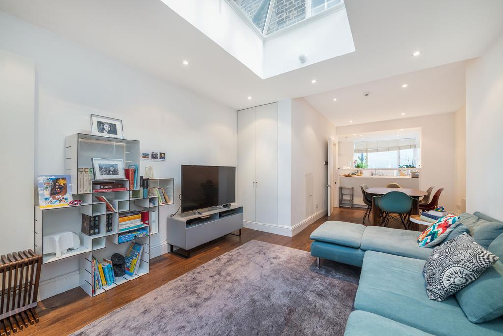 3 Bedrooms Terraced House for rent in Longmoore Street, SW1V