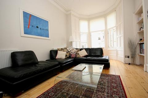 2 bedroom flat to rent - Comely Bank Grove