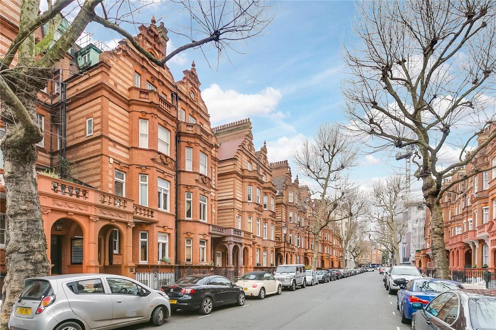 2 Bedrooms Flat for sale in Sloane Gardens, Knightsbridge, London