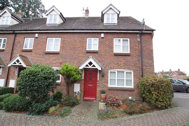 4 Bedrooms End Of Terrace House for sale in Salisbury Road, Blandford Forum