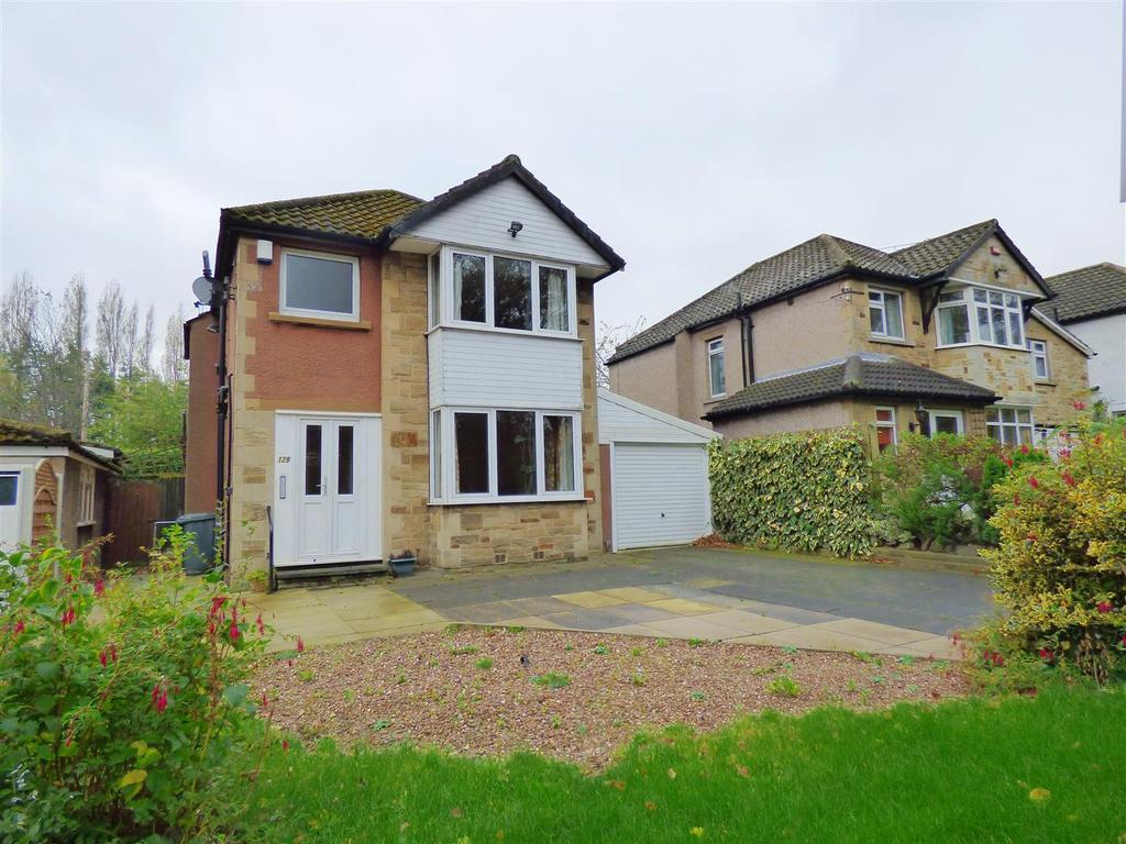 3 Bedrooms Detached House for sale in Whitechapel Road, Cleckheaton