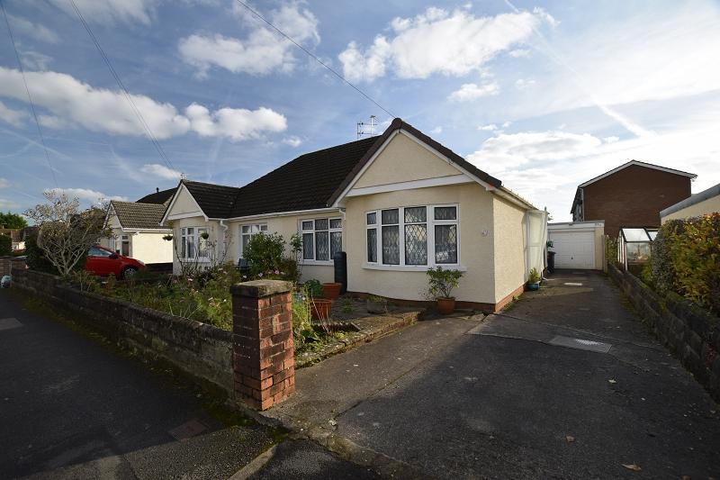 2 Bedrooms Semi Detached Bungalow for sale in Heol Hendre , Rhiwbina, Cardiff. CF14 6PJ