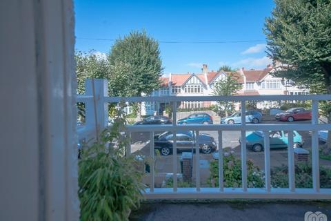 2 bedroom flat to rent - Wilbury Crescent Hove East Sussex BN3