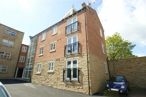 2 bedroom flat to rent - Foxlace House, Winker Green, Stanningley Road, LS12