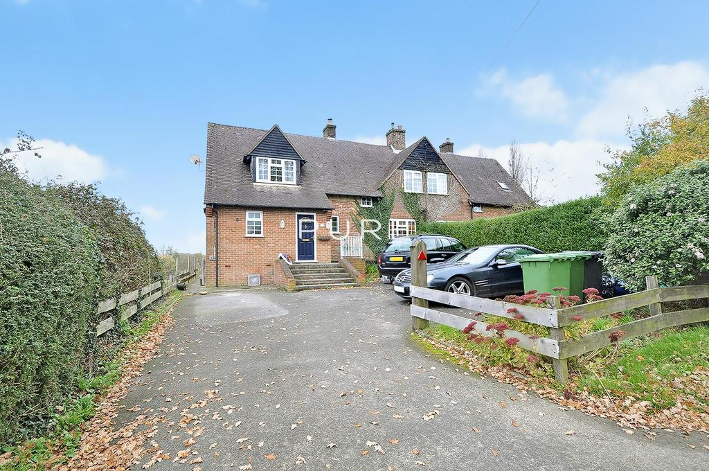 4 Bedrooms Semi Detached House for sale in Knowle Lane, Horton Heath, Eastleigh, Hampshire, SO50 7DX