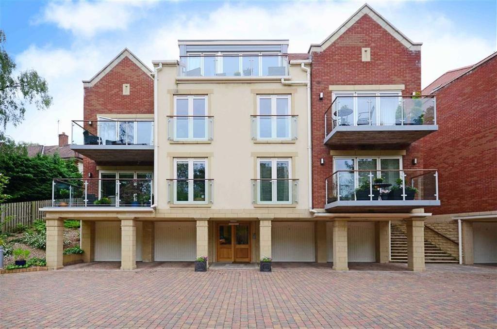 2 Bedrooms Flat for sale in Apartment 2 Woodvale, 213, Twentywell Lane, Bradway, Sheffield, S17