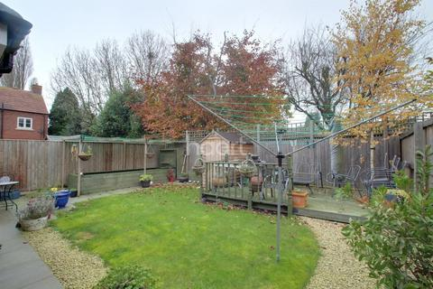 4 bedroom detached house for sale - Charlotte Way, Netherton, Peterborough.