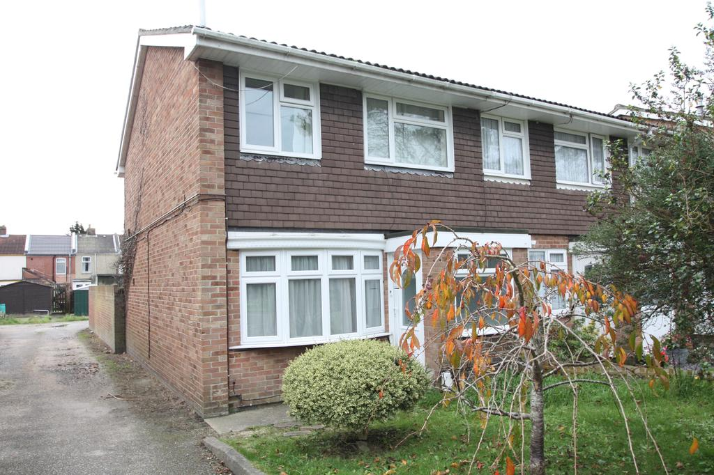 3 Bedrooms End Of Terrace House for sale in Wilmott Lane, Gosport PO12