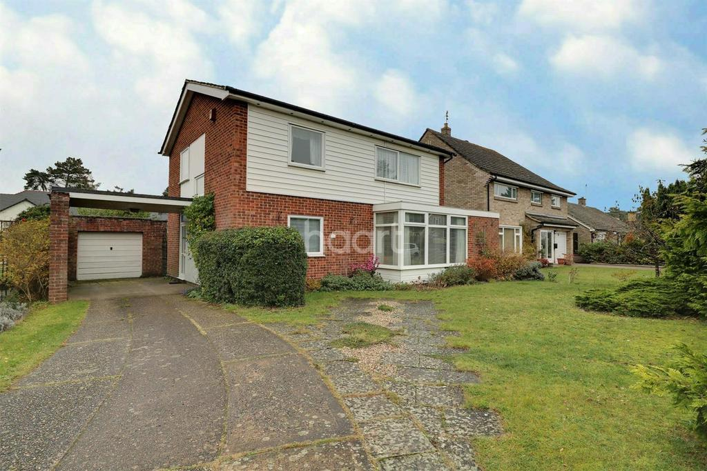 4 Bedrooms Detached House for sale in Mackenzie Road, Thetford