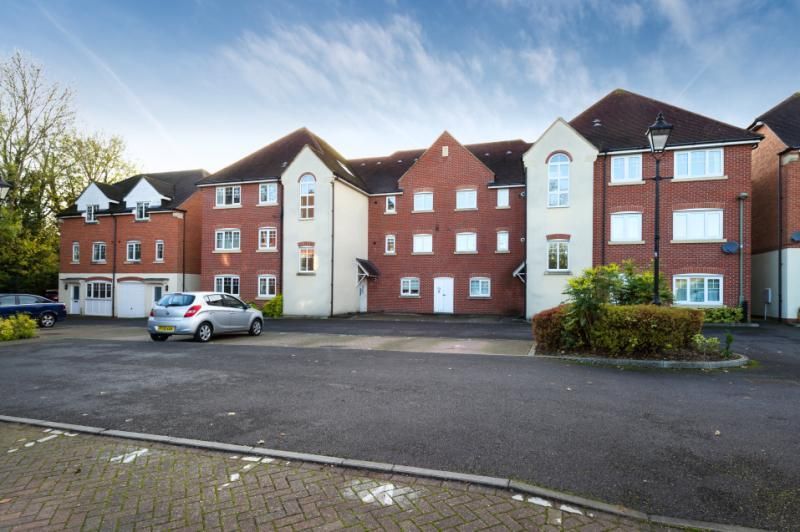 2 Bedrooms Apartment Flat for sale in Staniland Court, Abingdon