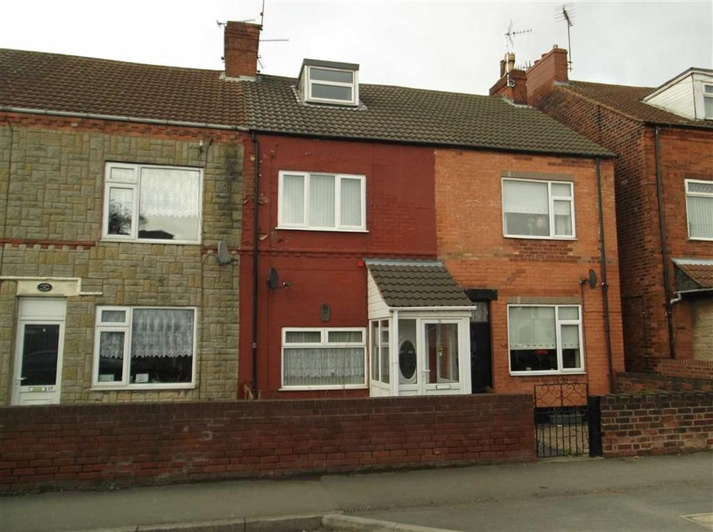 3 Bedrooms Terraced House for sale in 15, Burlington Avenue, Langwith Junction, Notts, NG20