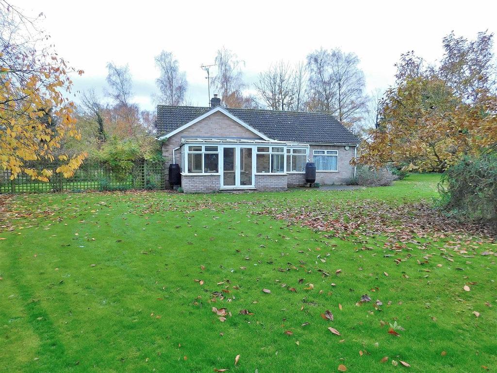 3 Bedrooms Detached Bungalow for sale in Wanton Lane, Terrington St. Clement, King's Lynn