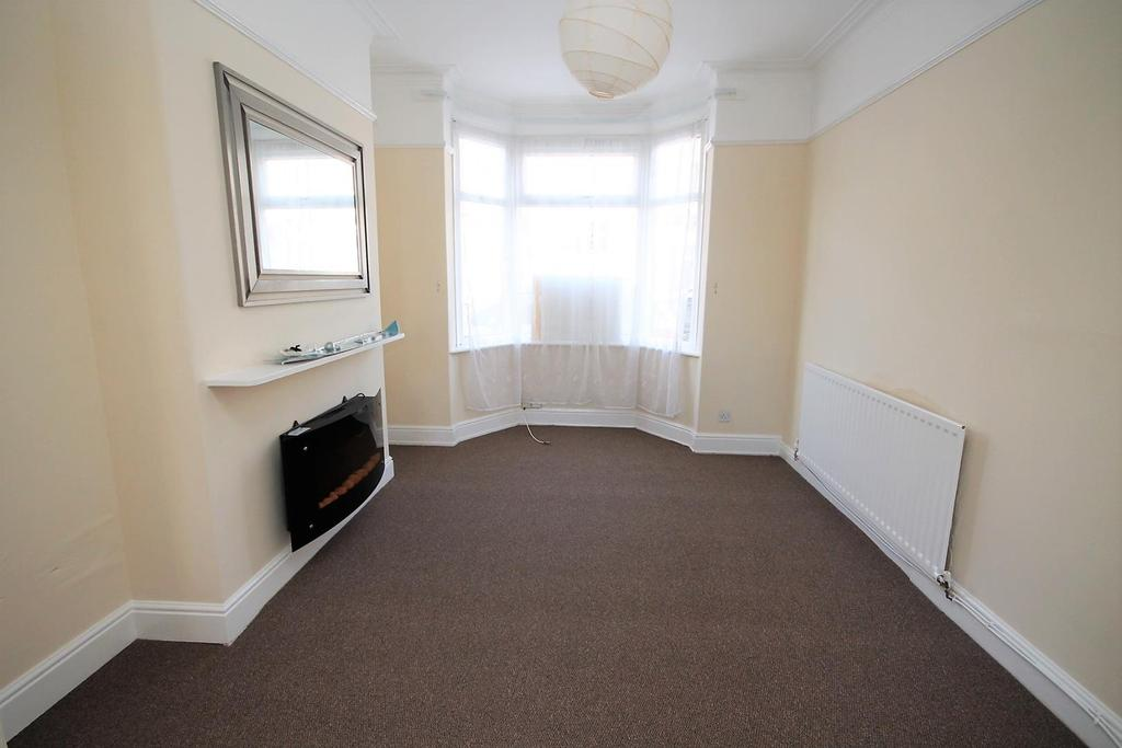 2 Bedrooms Terraced House for sale in Marlborough Road, Stockton-On-Tees