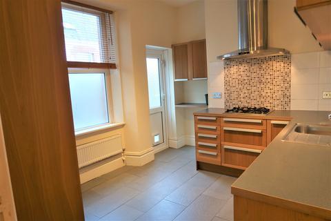 2 bedroom ground floor flat to rent - Archer Road, Penarth,
