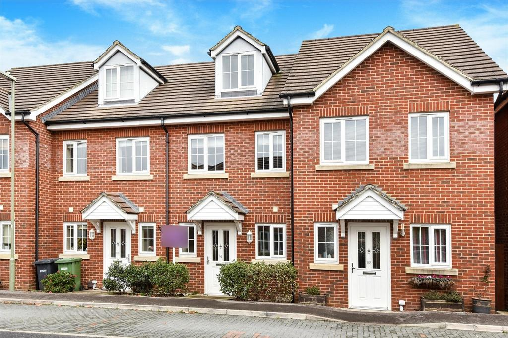3 Bedrooms Terraced House for sale in Hindmarch Crescent, Hedge End, Hampshire