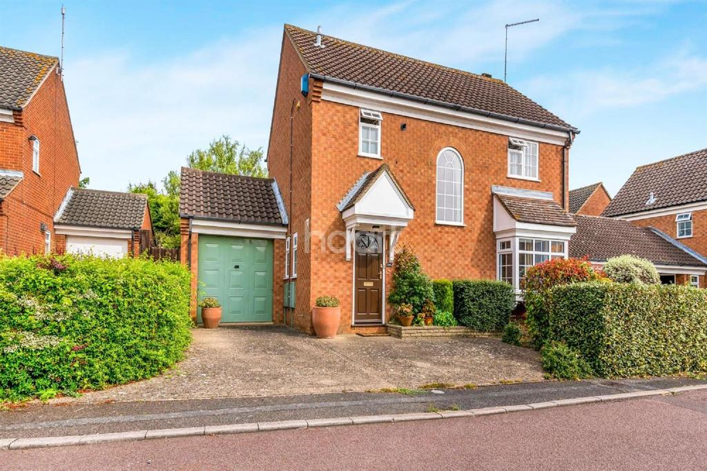 4 Bedrooms Detached House for sale in PRINCESS CLOSE,ABINGTON VALE