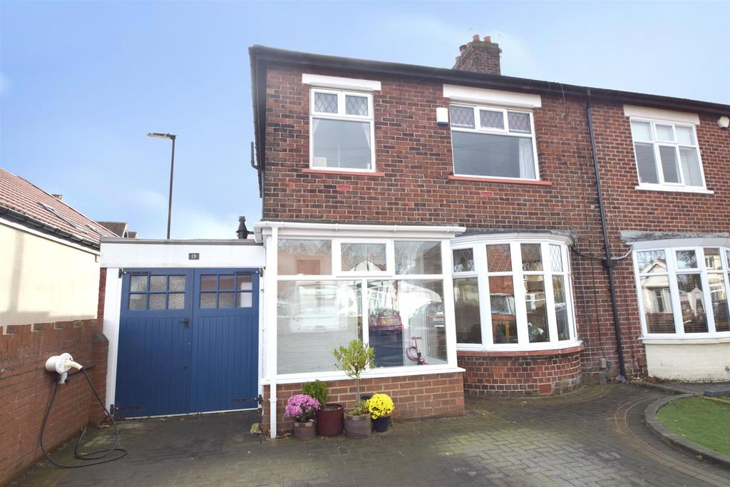 3 Bedrooms Semi Detached House for sale in Brantwood Avenue, Whitley Bay