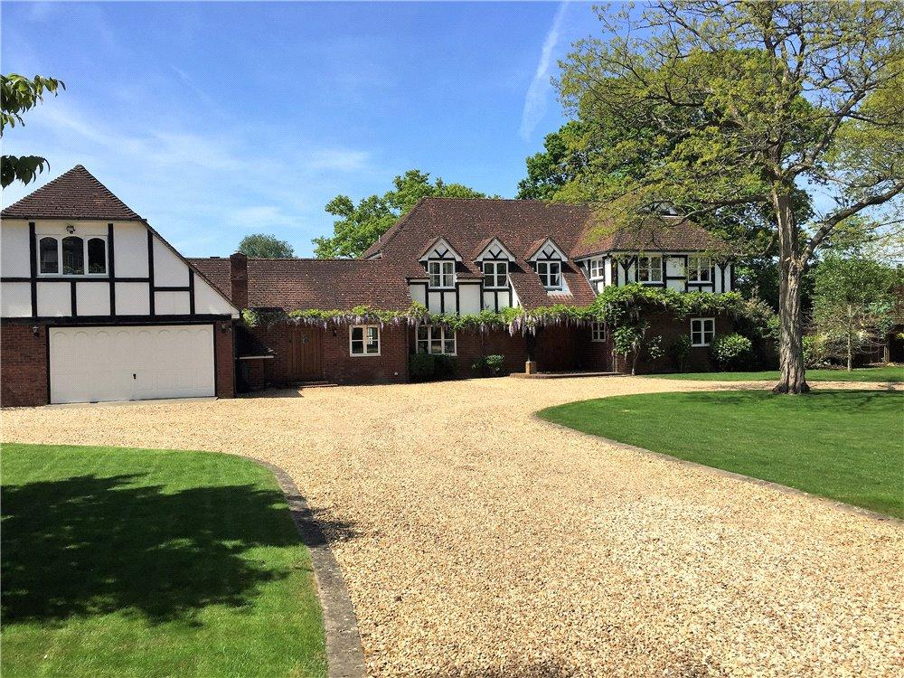 6 Bedrooms Detached House for sale in Scures Hill, Nately Scures, Hook, Hampshire, RG27