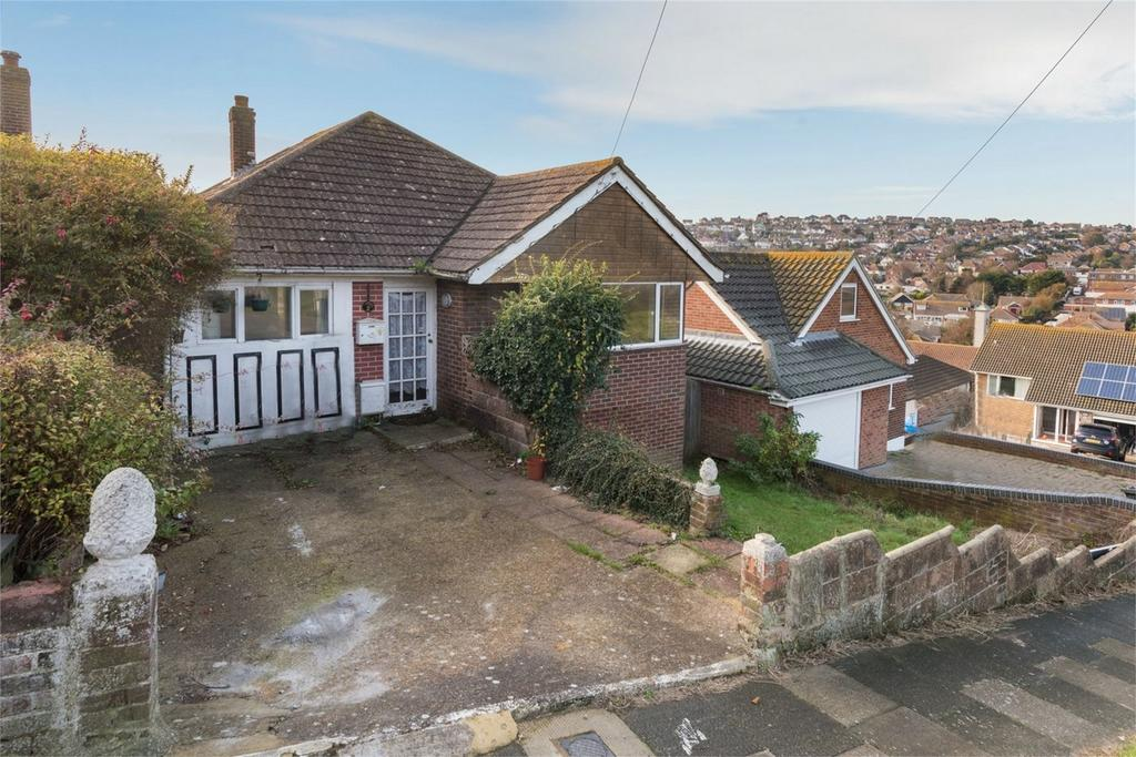 4 Bedrooms Detached Bungalow for sale in Oaklands Avenue, Saltdean, East Sussex