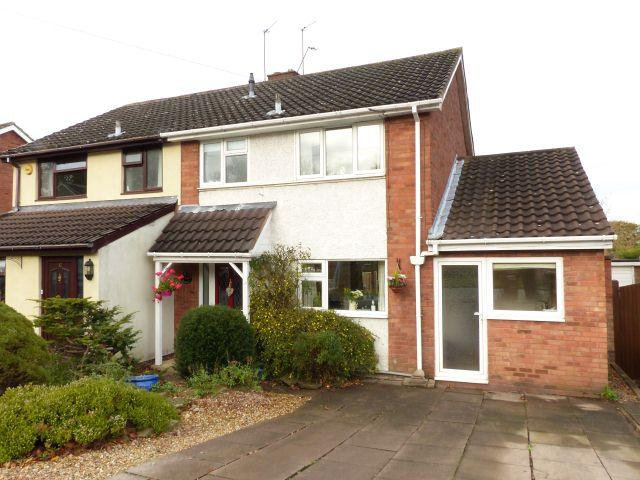 3 Bedrooms Semi Detached House for sale in Fallowfield Road,Orchard Hills,Walsall