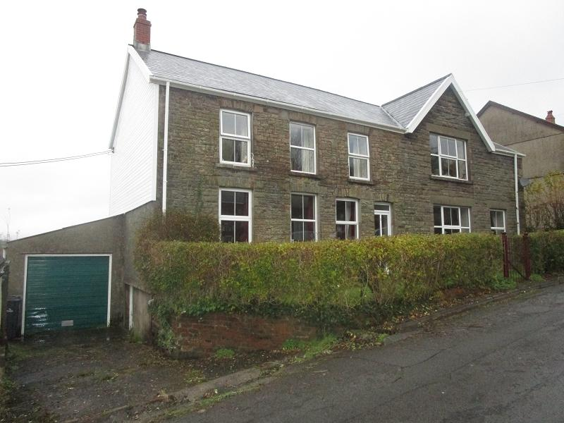 5 Bedrooms Mews House for sale in 2 Gorsafle , Ystradgynlais, Swansea.