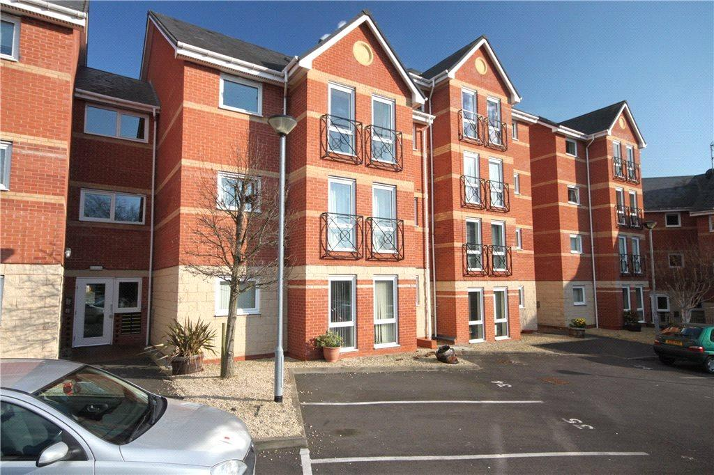 2 Bedrooms Apartment Flat for sale in Forge Court, St. Michaels Close, Stourport-On-Severn, Worcestershire, DY13