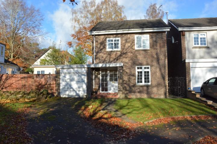3 Bedrooms Detached Villa House for sale in 13 Woodyett Park, Busby, G76 8SJ