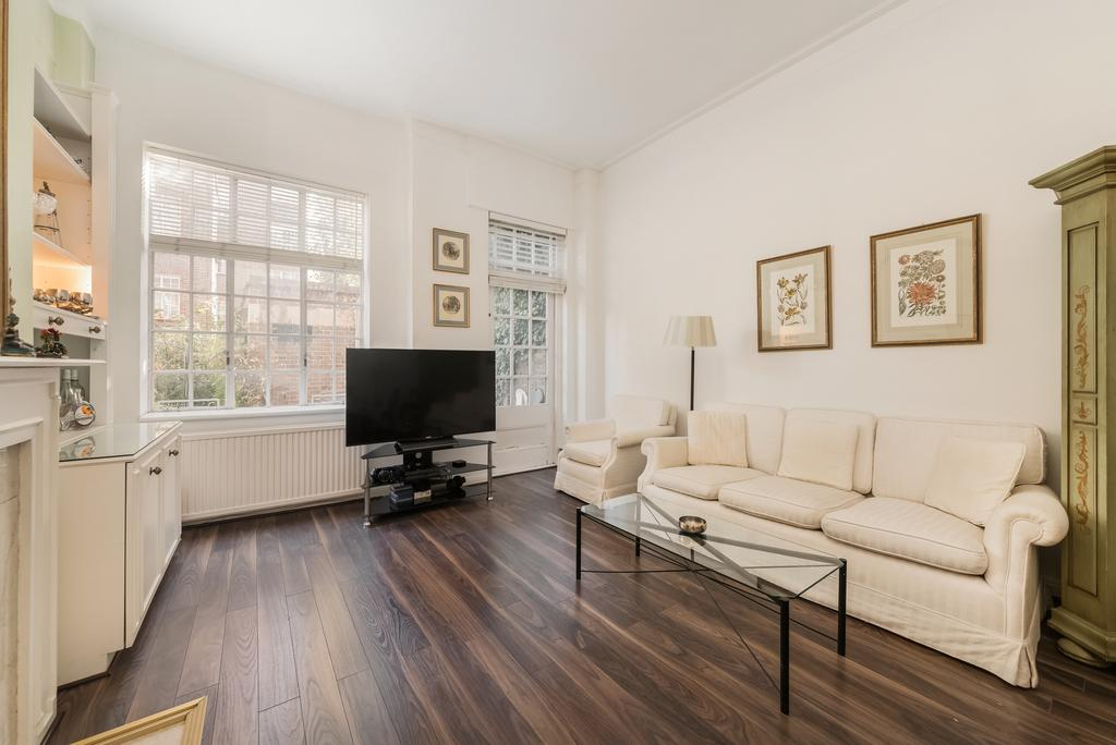 2 Bedrooms Flat for sale in Kings Court North, Kings Road, SW3