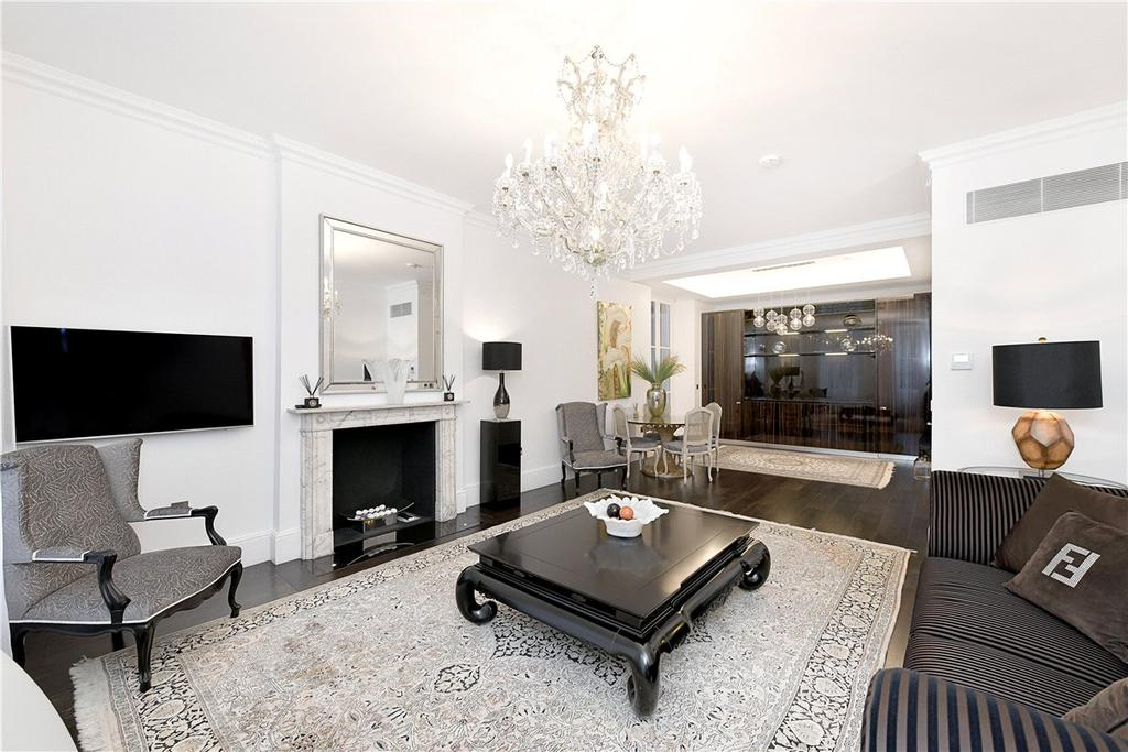 2 Bedrooms Apartment Flat for sale in Park Street, London, W1K