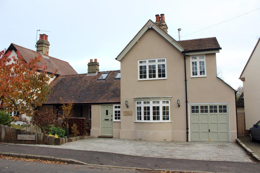 2 Bedrooms Semi Detached House for sale in High Street, Barley, Royston