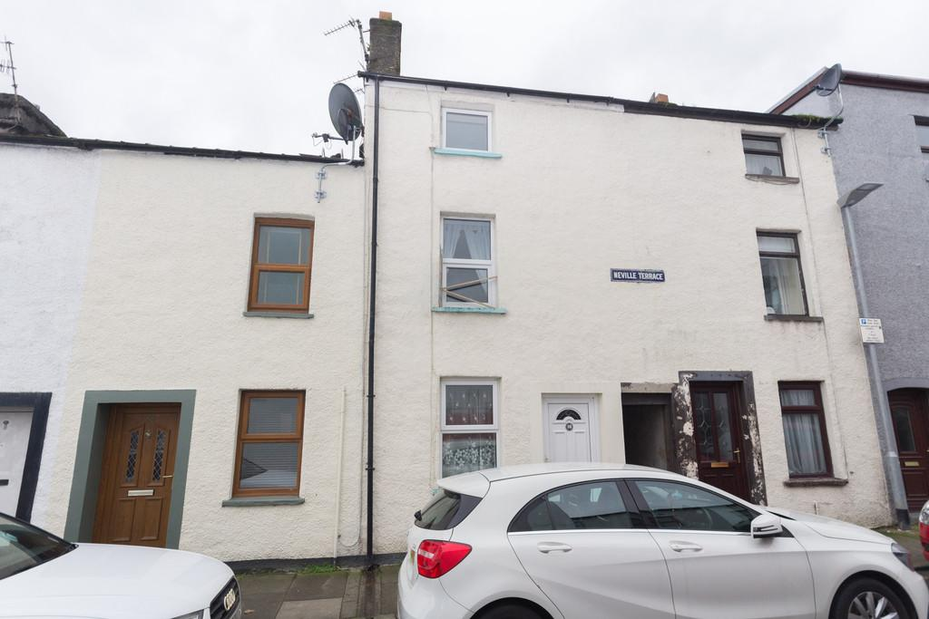 3 Bedrooms Town House for sale in Neville Street, Ulverston