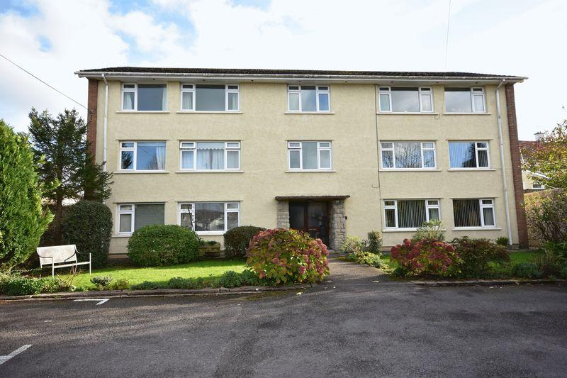 2 Bedrooms Apartment Flat for sale in 2 Limes Court, The Limes, Cowbridge, Vale of Glamorgan, CF71 7BL