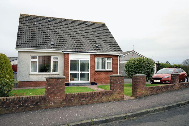 4 Bedrooms Detached Villa House for sale in 10 Ramseyston Avenue, Coylton KA6 6JG