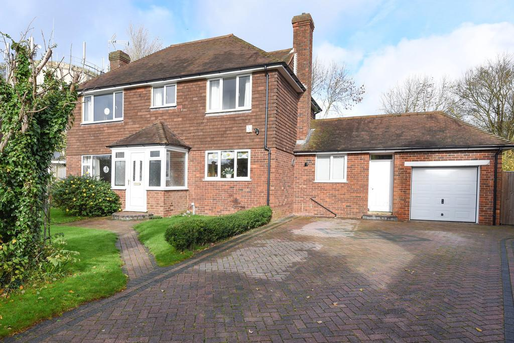 3 Bedrooms Detached House for sale in Fair Meadow, Rye, East Sussex TN31 7NL
