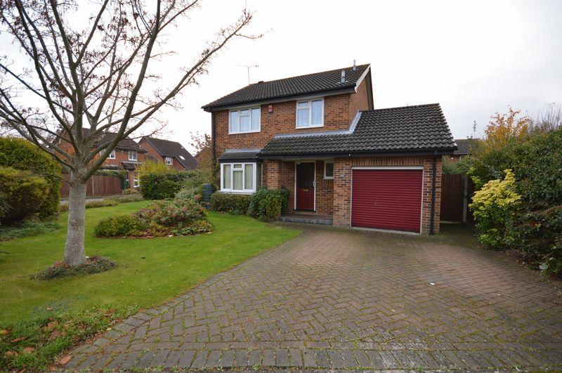 3 Bedrooms Detached House for rent in Catesby Green, Luton