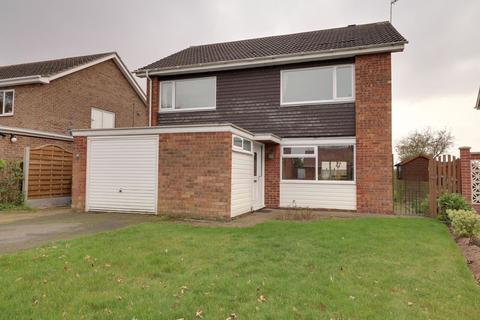 4 bedroom detached house for sale - Charles Avenue, Gainsborough