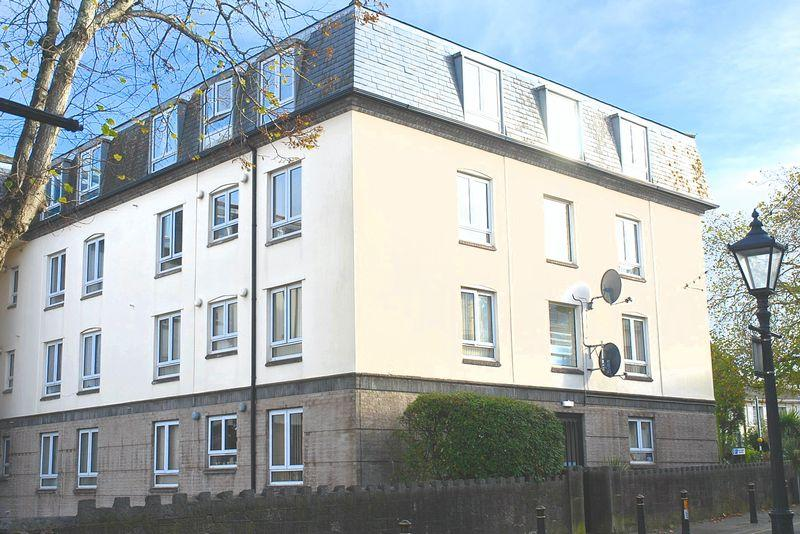 1 Bedroom Apartment Flat for sale in Brunswick Square, Torquay