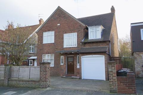 4 bedroom detached house for sale - MANOR ROAD Benton