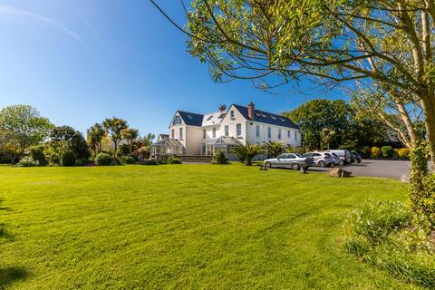 1 bedroom apartment for sale - Le Petit Axce, Vale, Guernsey