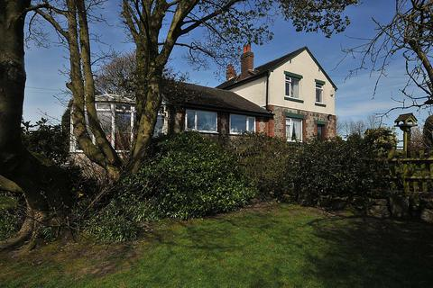 3 bedroom detached house for sale - Over the Hill, Biddulph Moor