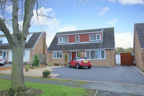 3 bedroom detached house for sale - Yew Tree Drive, Bayston Hill, Shrewsbury, SY3 0PL
