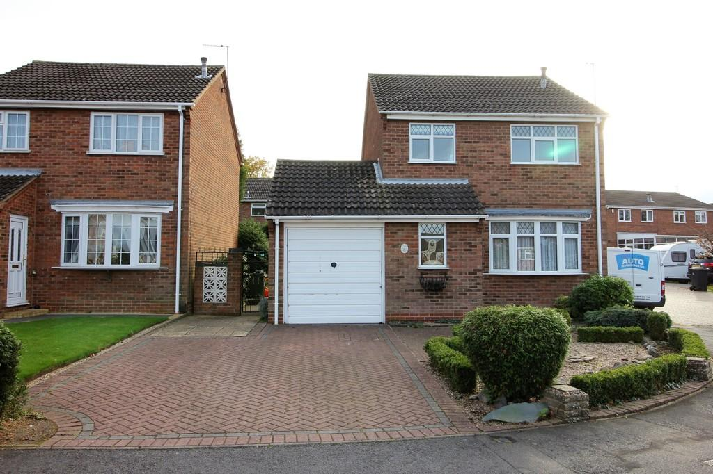 3 Bedrooms Detached House for sale in Banbury Drive, Shepshed