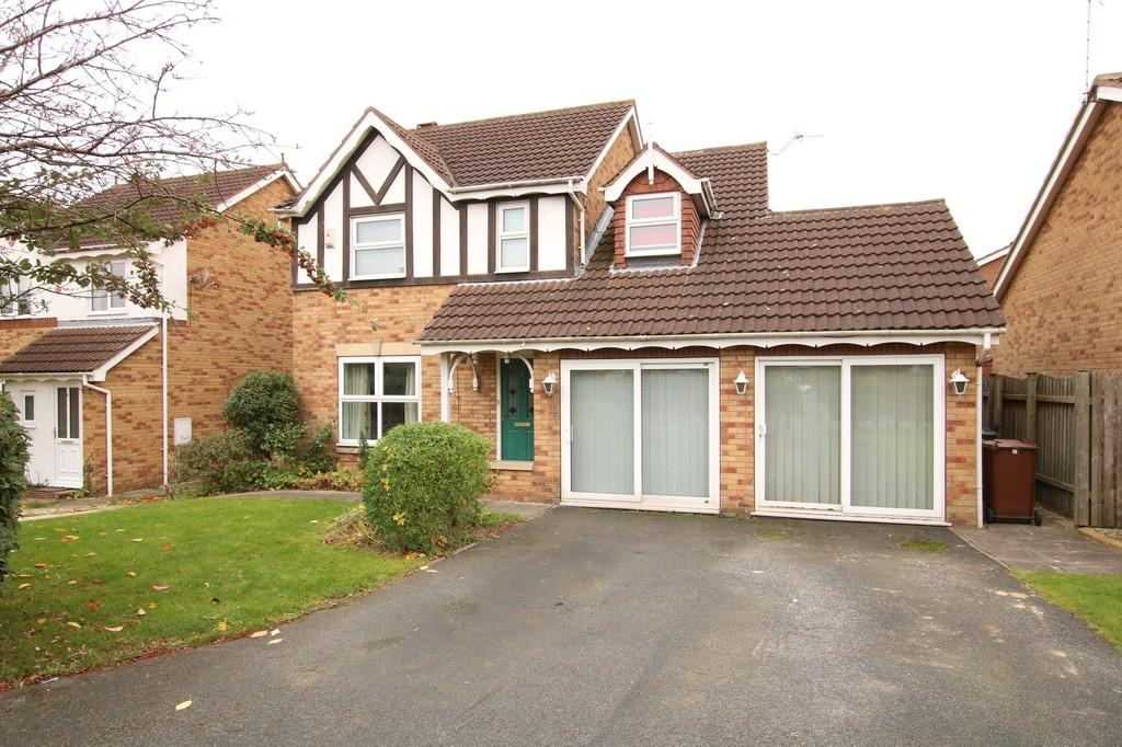 4 Bedrooms Detached House for sale in Spring Lane, New Crofton