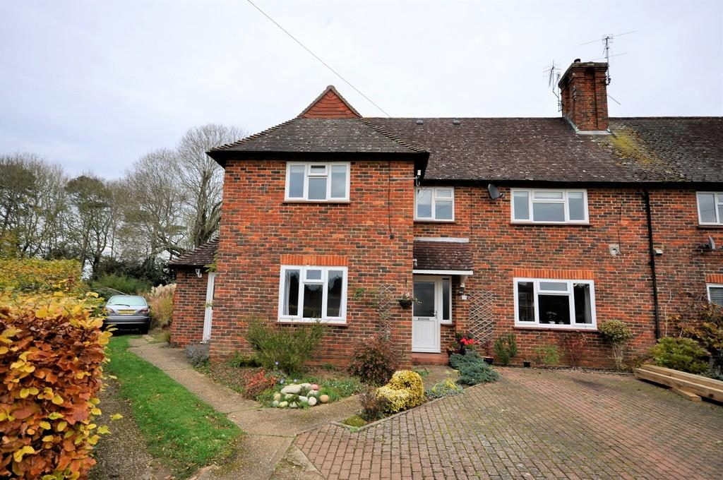 2 Bedrooms Maisonette Flat for sale in Amberley Road, Milford