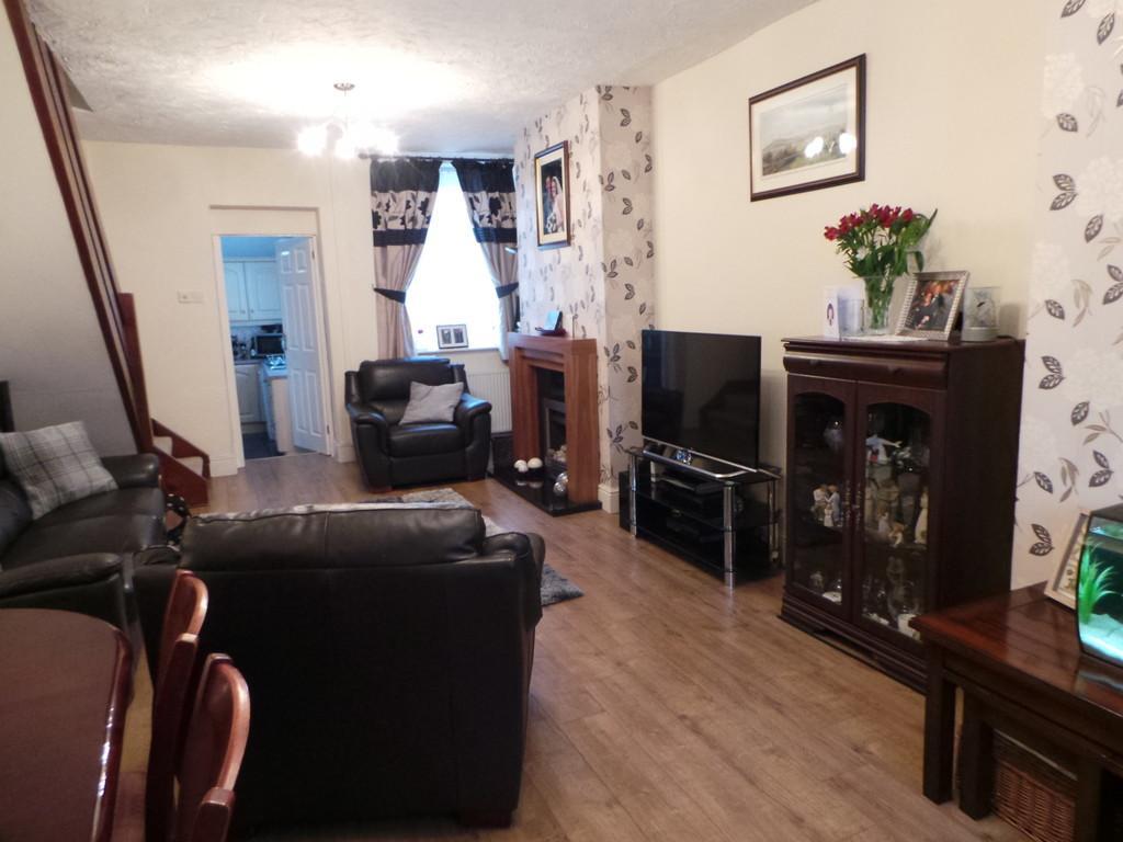 3 Bedrooms Terraced House for sale in Dalton Road, Askam-in-Furness LA16 7AP
